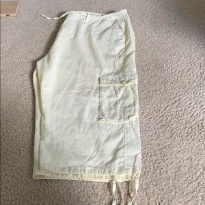 Other - Men's yellow linen shorts